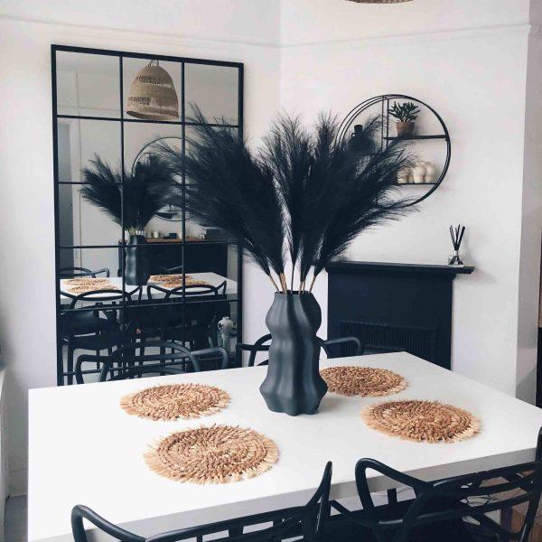 black faux pampas, black pampas, artificial pampas, artificial flowers, artificial flower arrangement, flower decor, pampas decor, pampas uk
