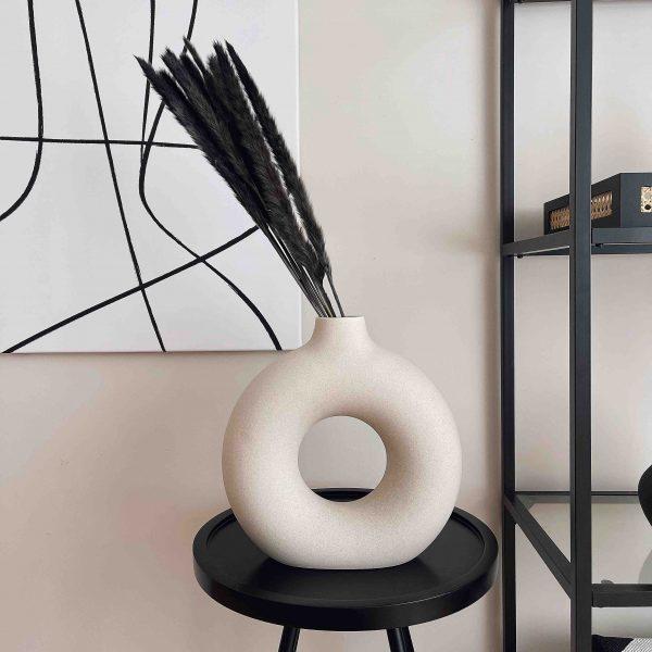 black pampas, black reed pampas, grey pampas, pampas decor, pampas uk
